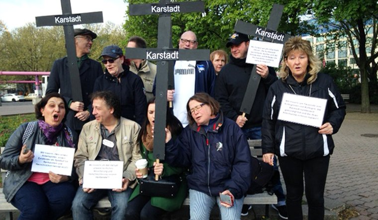 Karstadt protestiert gegen Personalabbau