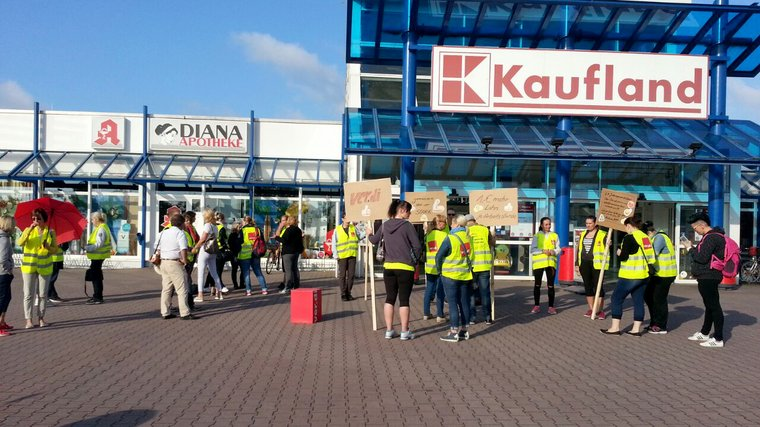 Warnstreik Kaufland Oranienburg
