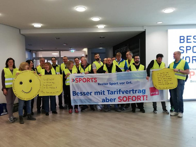 GBR-Sitzung von Karstadt SPORTS